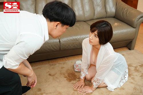 綺麗で優しい自慢のお母さんがゲスな不良先輩たちに犯●れるのを見てしまった僕 奥田咲2