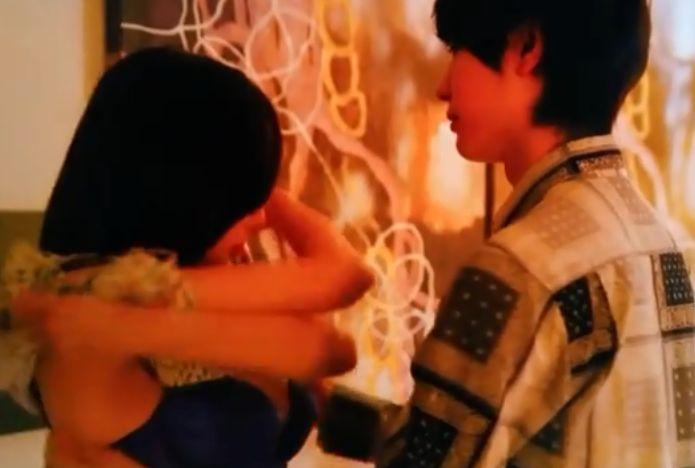 【伊藤ゆみ】ホテルで男女がお互いの服を脱がし合った濡れ場