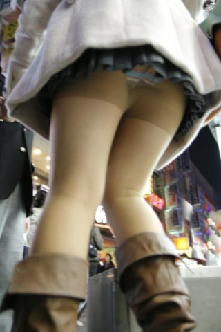eroangle2011091_02.jpg