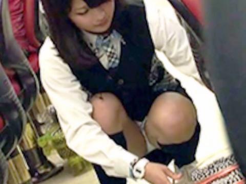 panchira-pachinko661000.jpg