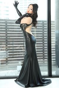 ウェットルックロングドレス