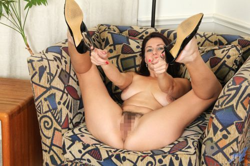 Betsy Long - LOOKING FOR PUSSY 07