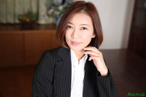 HITOMI - 美熟女教師の本当に欲しいモノ 02