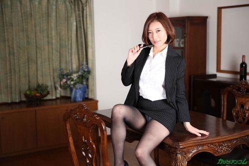 HITOMI - 美熟女教師の本当に欲しいモノ 03