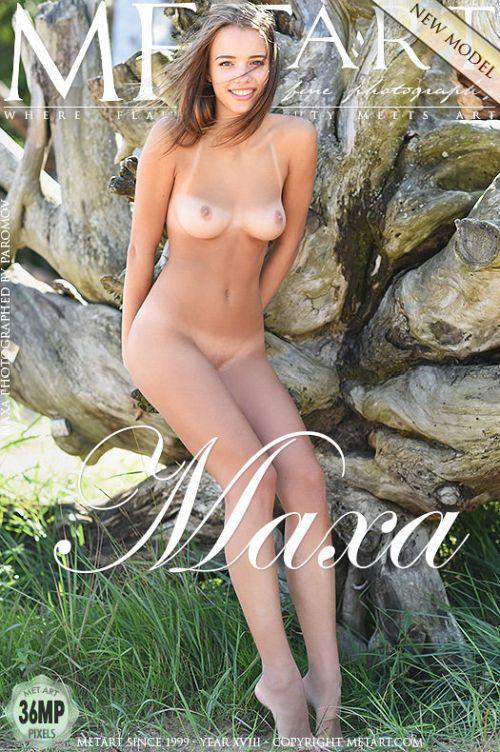Maxa - PRESENTING MAXA