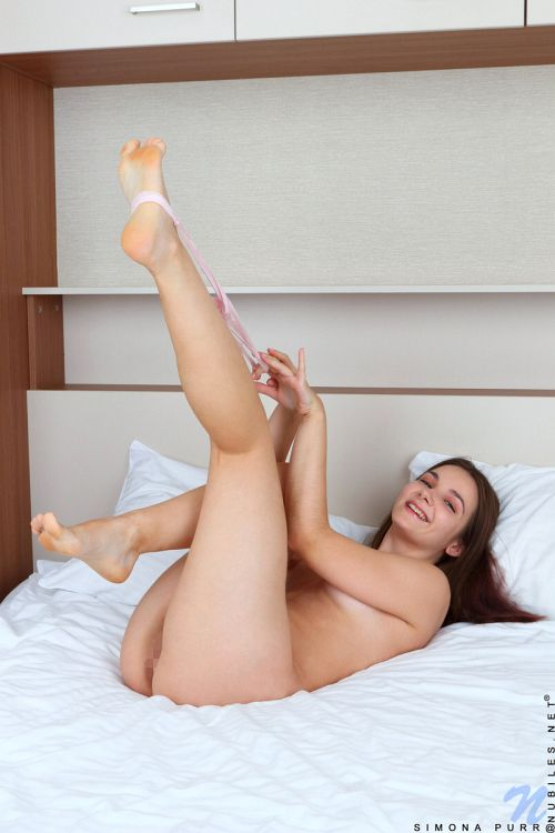 Simona Purr - COME TO MY ROOM 09