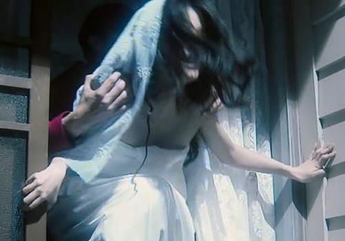 芳根京子、おっぱいポロリや濡れ場レ●プがエロい!正統派女優の貴重なエロシーン!