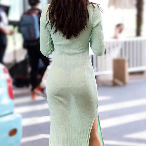 タイトスカートの尻のエロさを隠しきれてない画像 part13