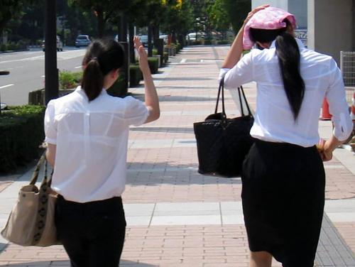 【OL透けブラ】白ブラウスから薄っすらと透ける働くお姉さんのブラジャー 画像29枚