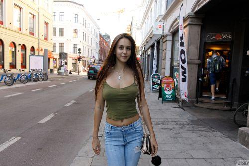 Jessica Albanka - SENTRALSTASJON 15