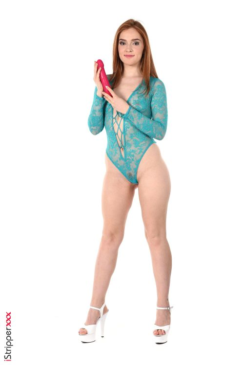 Jia Lissa - TURQUOISE HOT BABE