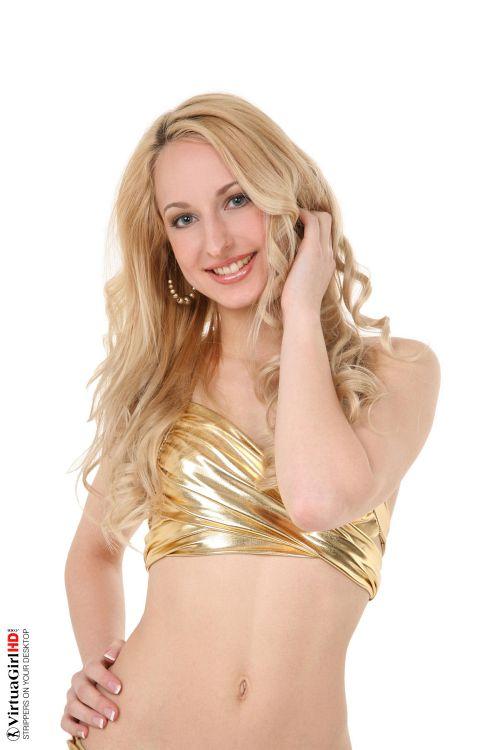Goldie - GOLDEN DREAM