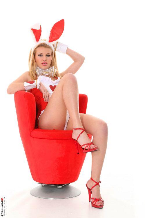 Melissa K - HONEY BUNNY