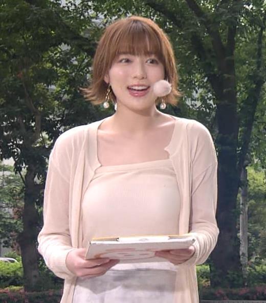 阿部華也子 ヌーディでエロい色の衣装キャプ・エロ画像8