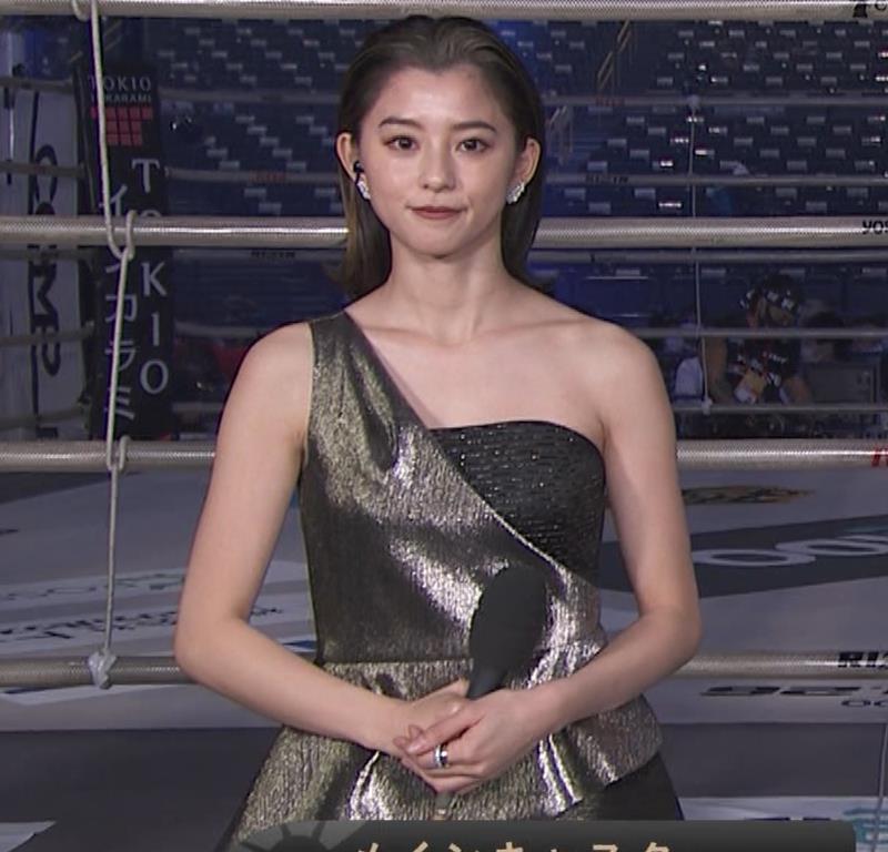 朝比奈彩 セクシードレスでちょっと胸チラキャプ・エロ画像7