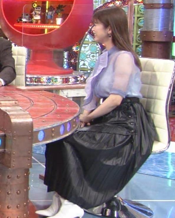 馬場ふみか 透け透けなエロ衣装キャプ・エロ画像12
