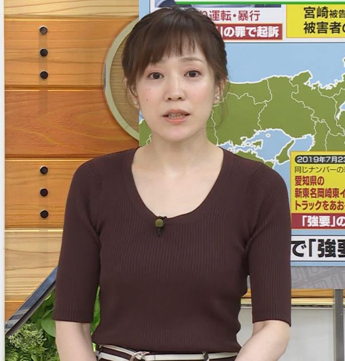 江藤愛アナ ニットおっぱいキャプ・エロ画像