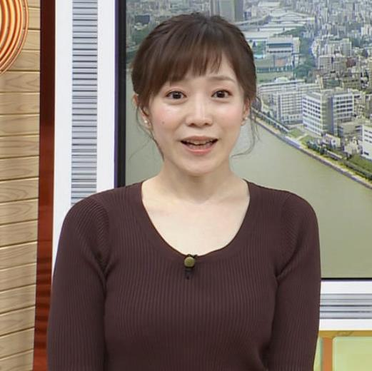江藤愛アナ ニットおっぱいキャプ・エロ画像8