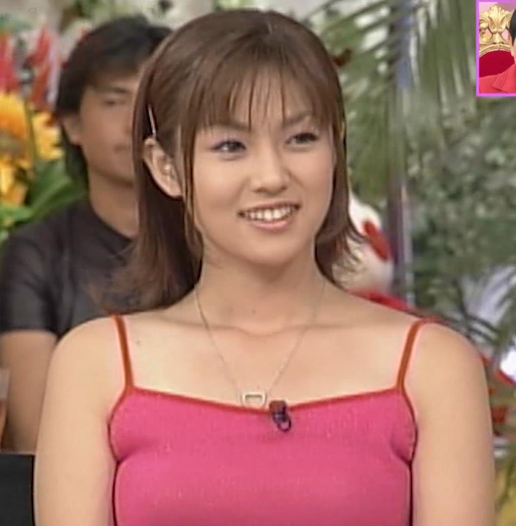 深田恭子 20年前のエロいキャミソール姿キャプ・エロ画像