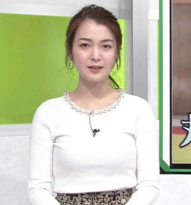 福田典子アナ ニットおっぱいキャプ・エロ画像3
