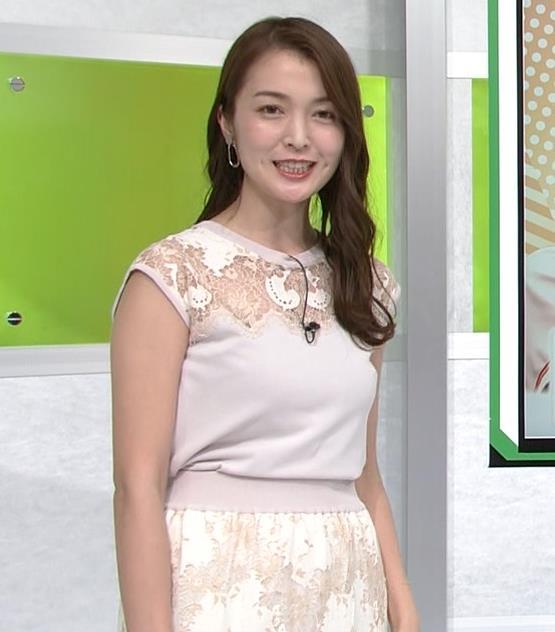 福田典子アナ レースの透け衣装キャプ・エロ画像4