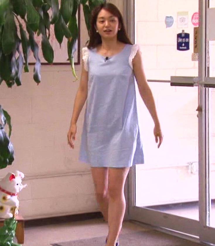 後藤晴菜アナ 超ミニスカートのワンピースキャプ・エロ画像