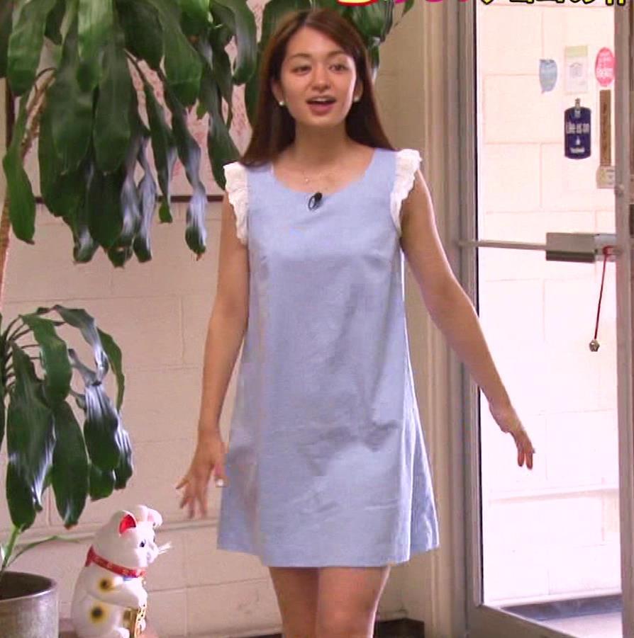 後藤晴菜アナ 超ミニスカートのワンピースキャプ・エロ画像2