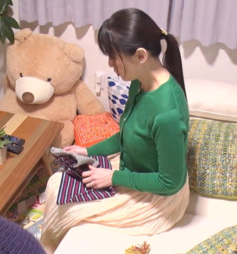 雛形あきこ 再現ドラマの横乳キャプ・エロ画像