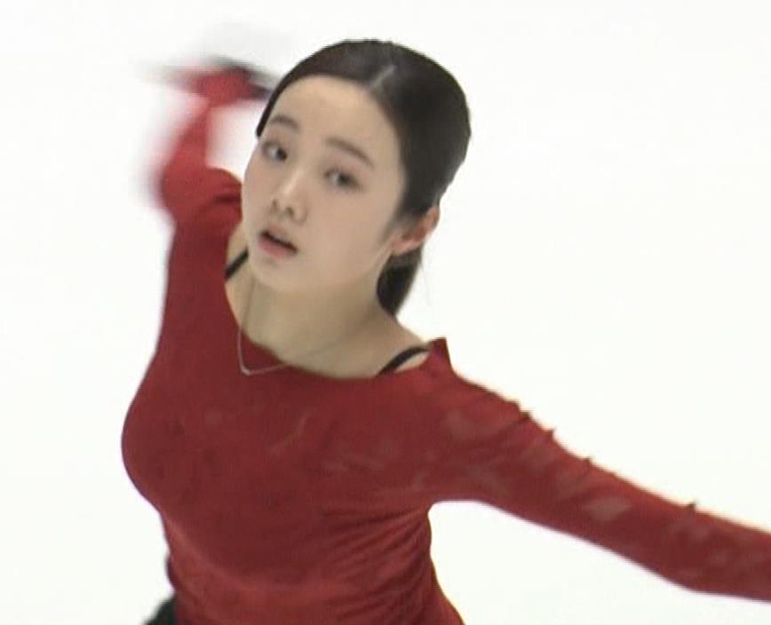 本田真凛 おっぱい強調キャプ・エロ画像4