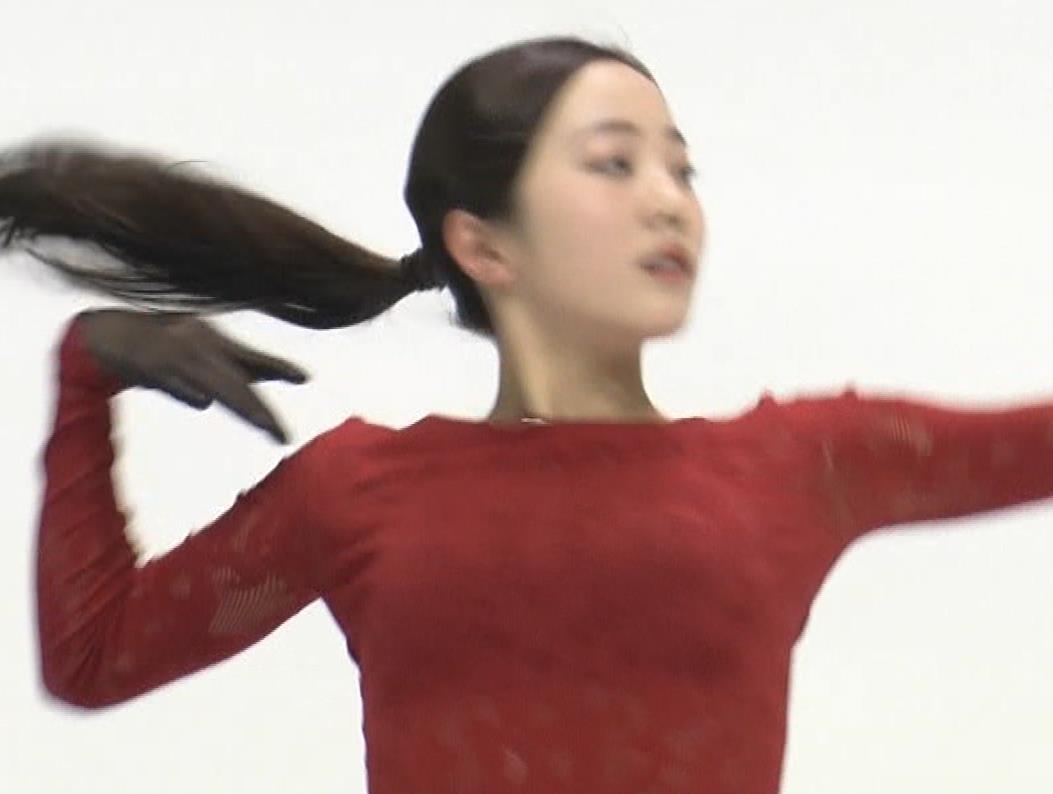 本田真凛 おっぱい強調キャプ・エロ画像5