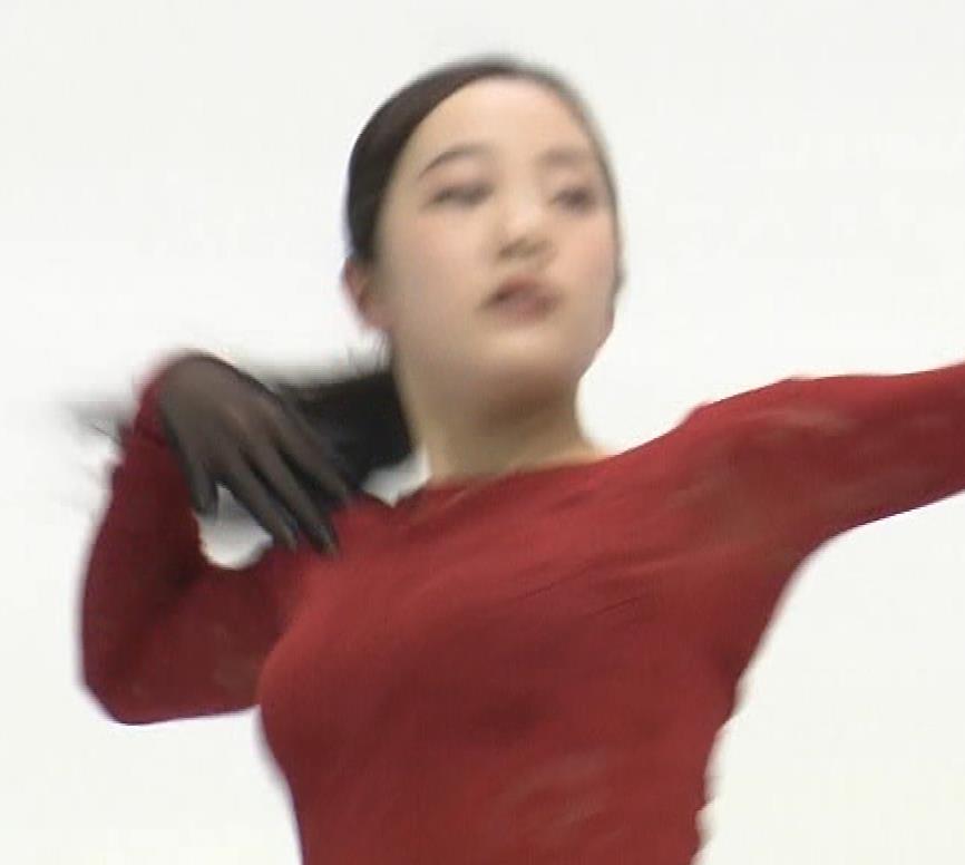 本田真凛 おっぱい強調キャプ・エロ画像7