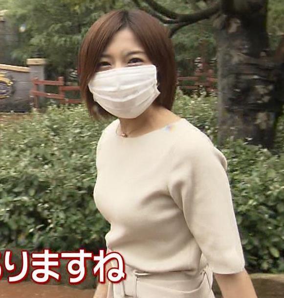 市來玲奈アナ 横乳エロキャプ・エロ画像4