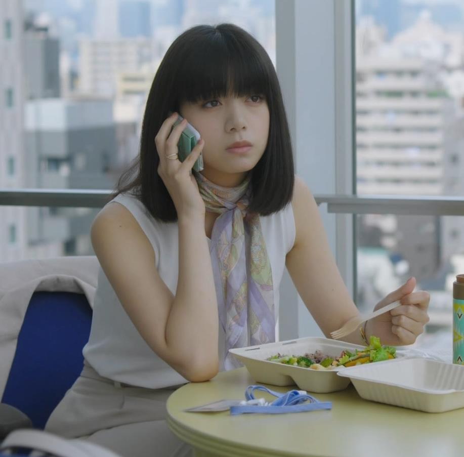 池田エライザ 着衣おっぱいキャプ・エロ画像