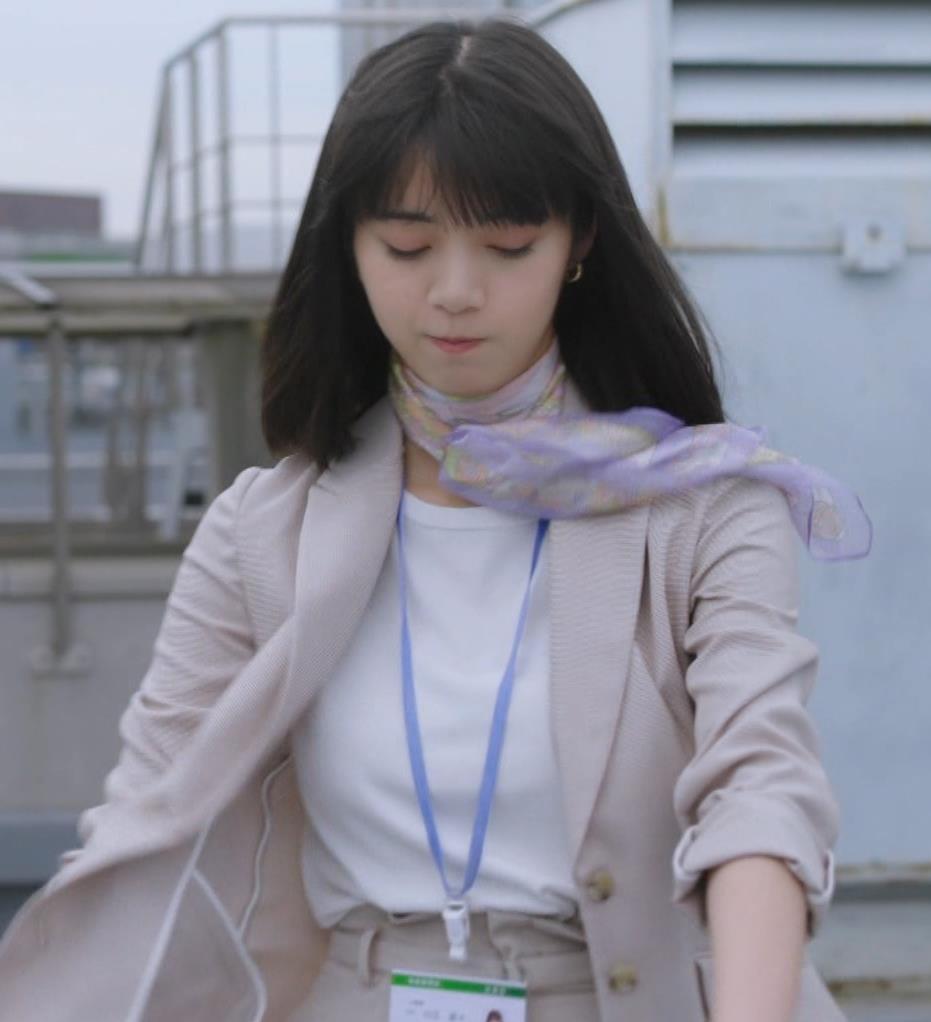 池田エライザ 着衣おっぱいキャプ・エロ画像4