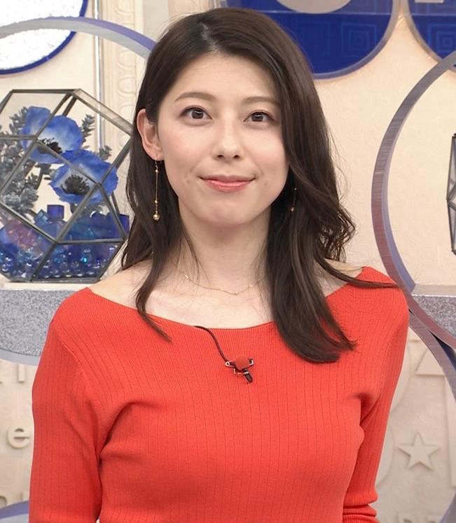上村彩子アナ 鎖骨露出ニットキャプ・エロ画像4