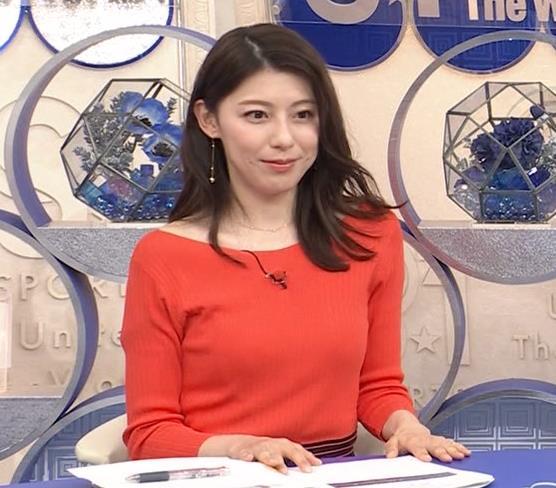 上村彩子アナ 鎖骨露出ニットキャプ・エロ画像6
