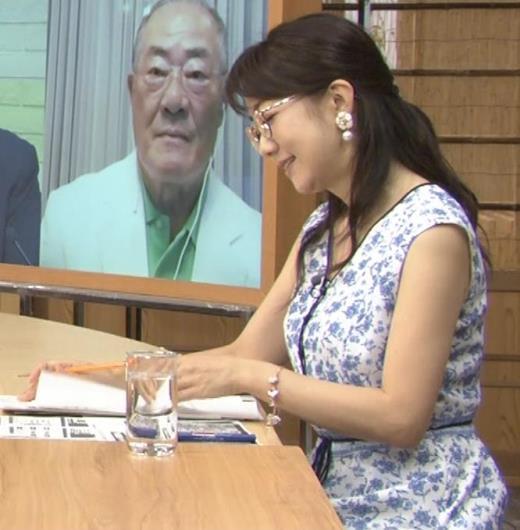 唐橋ユミ ノースリーブ横乳キャプ画像(エロ・アイコラ画像)