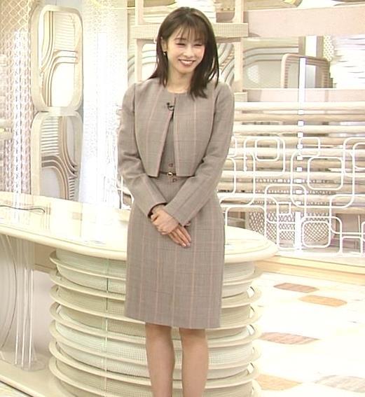 加藤綾子 スカート姿キャプ・エロ画像4