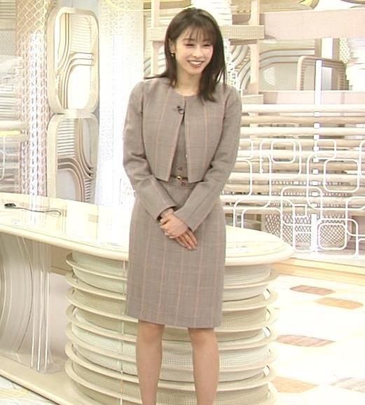 加藤綾子 スカート姿キャプ・エロ画像5