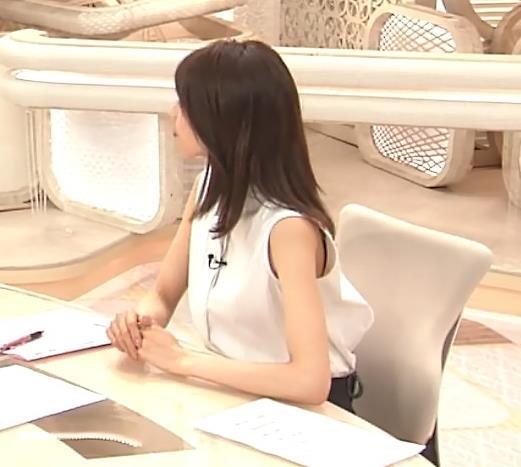 加藤綾子 ノースリーブ・ワキエロキャプ・エロ画像4