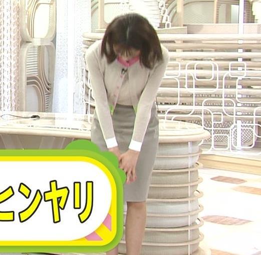 加藤綾子 ちょいエロなスカートキャプ・エロ画像8