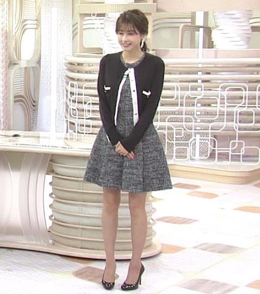 アナ ひざ上ミニスカートで美脚披露キャプ・エロ画像5