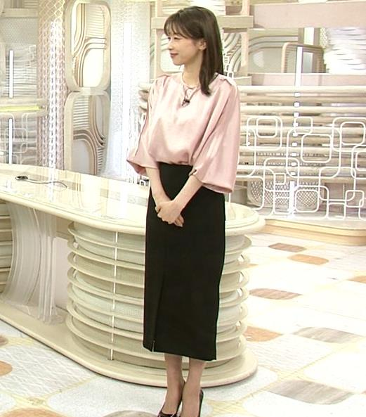 加藤綾子アナ ピンクの衣装キャプ・エロ画像