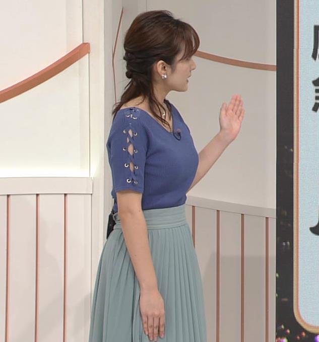 河出奈都美アナ ニットおっぱいキャプ・エロ画像4