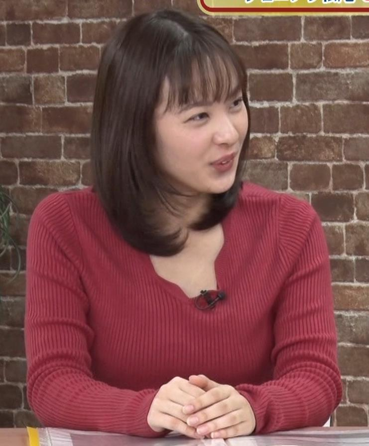 河出奈都美アナ ニットで巨乳が目立つキャプ・エロ画像4