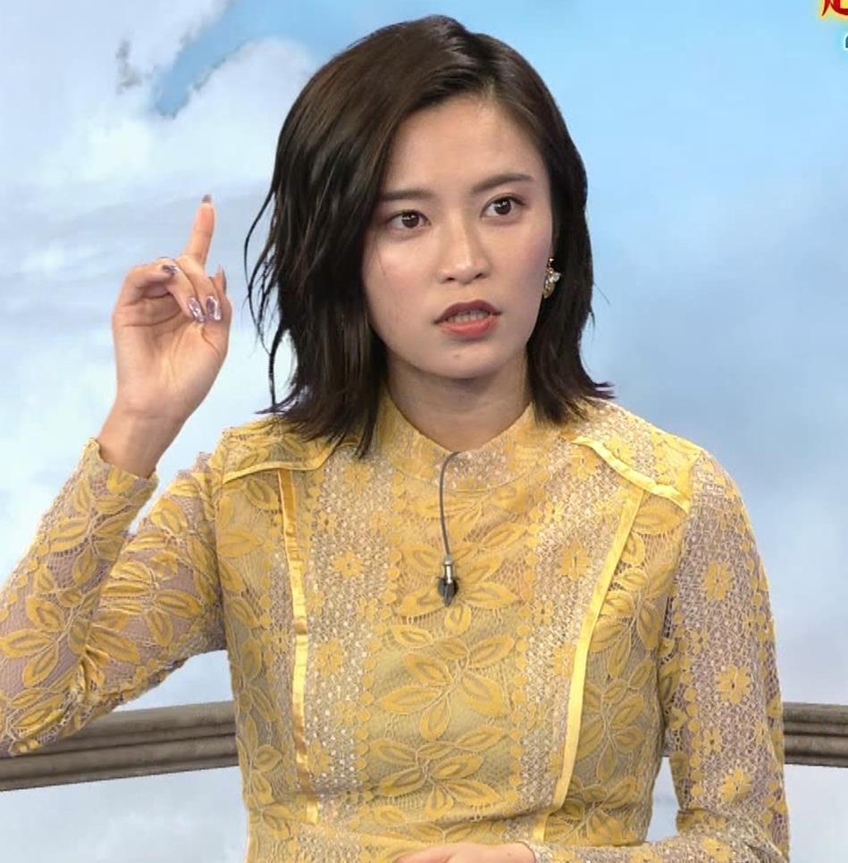小島瑠璃子 ちょっとエッチな衣装キャプ・エロ画像8