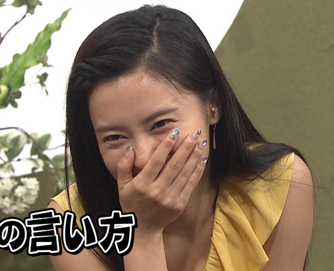 小島瑠璃子 濡れ透けキャプ・エロ画像8