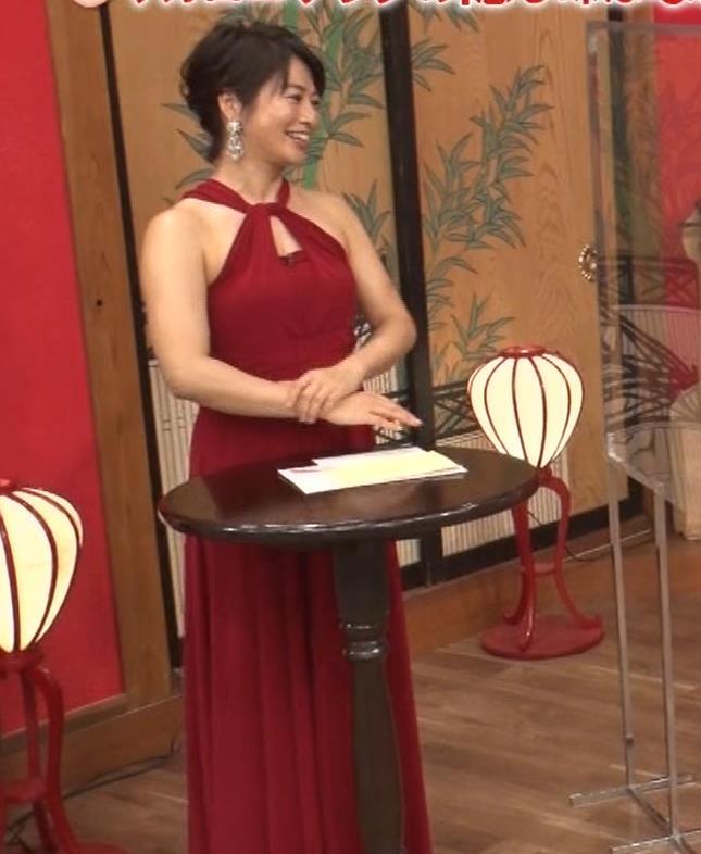 久保田直子アナ 露出度の高いインフィニットドレスキャプ・エロ画像16