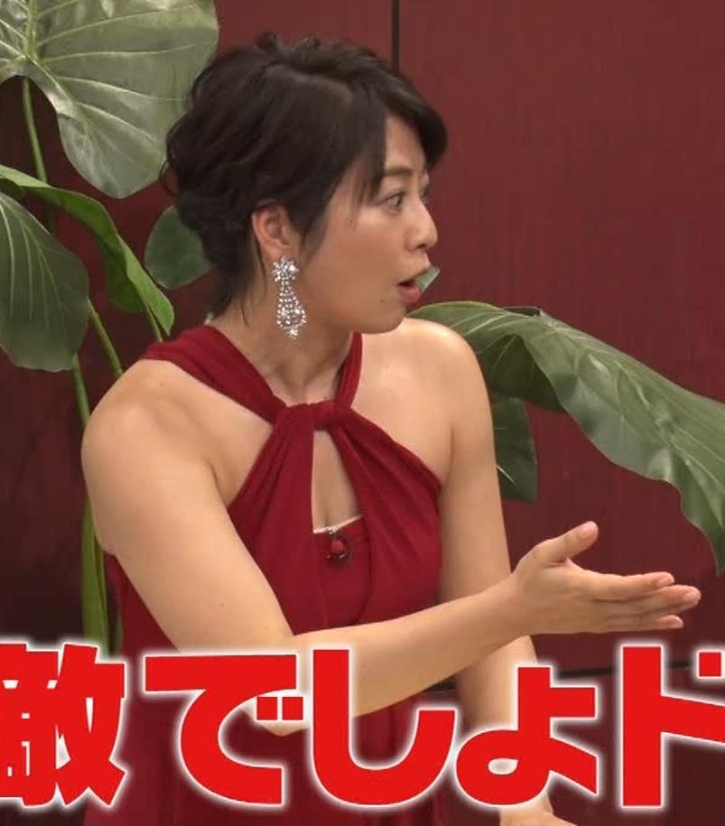 久保田直子アナ 露出度の高いインフィニットドレスキャプ・エロ画像7