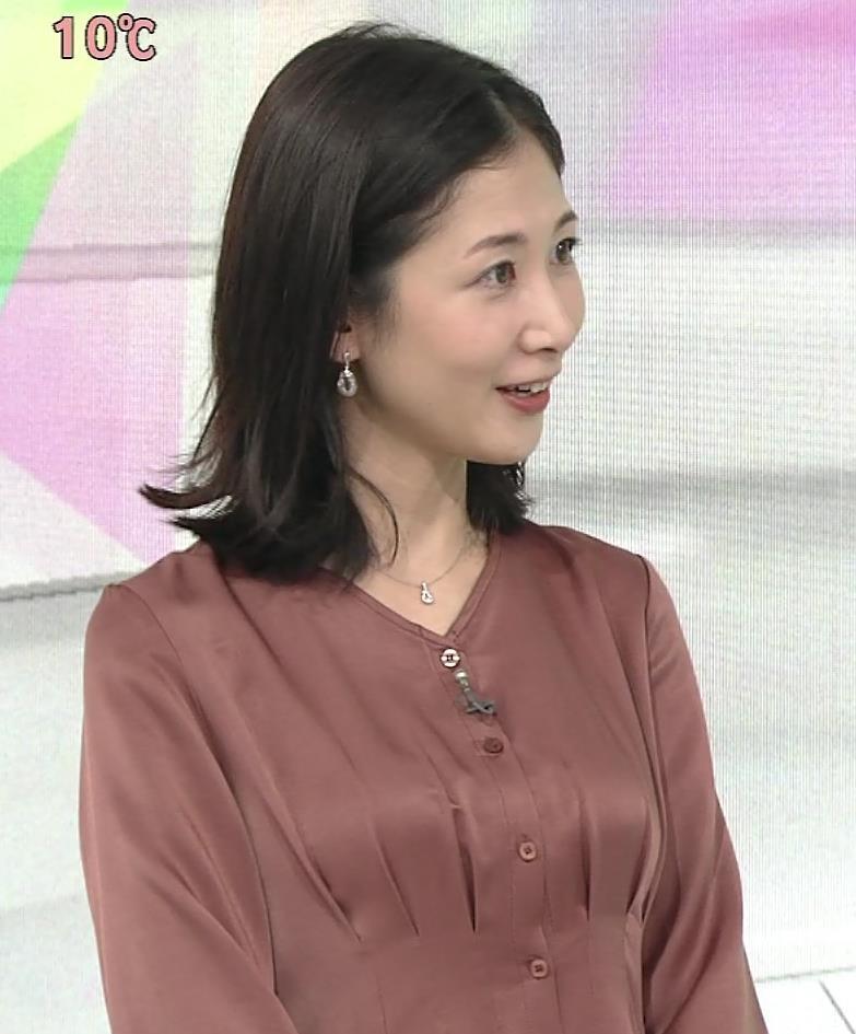 桑子真帆アナ 朝からエロいおっぱいキャプ・エロ画像2